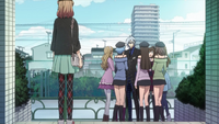 Heroine Finds Ikki With Fangirls