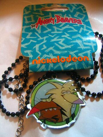File:Beavers necklace.jpg