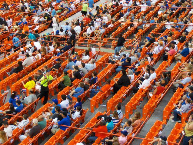 File:Shea Stadium-1195684262-931.jpg