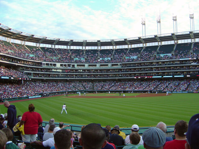 File:Jacobs Field-1195669295-859.jpg