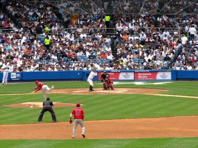 File:Yankee Stadium-1195689599-877.jpg