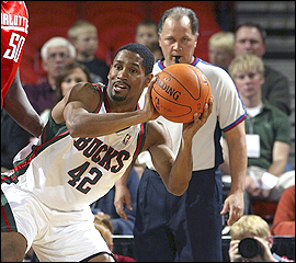 File:Player profile Charlie Bell (NBA).jpg