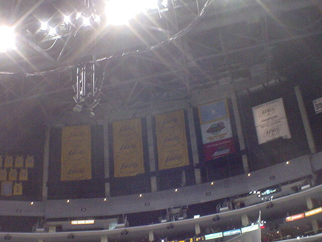 File:Staples Center-1196098369-61.jpg