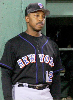 File:Player profile Willie Randolph.jpg