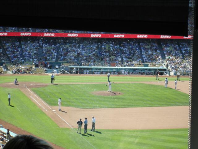 File:Dodger Stadium-1195663801-917.jpg