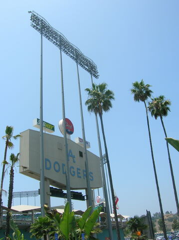 File:Dodger Stadium-1195663713-70.jpg
