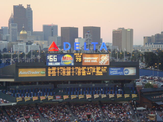 File:Turner Field-1195686198-284.jpg
