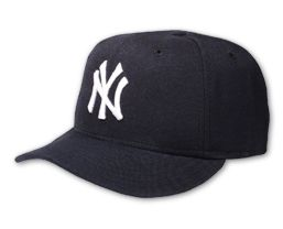 File:Baseball caps yankees.jpg