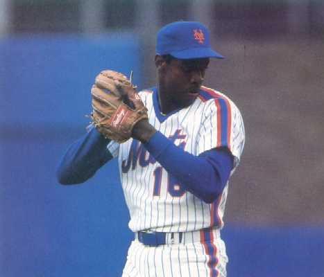 File:Dwight Gooden Pitching.jpg
