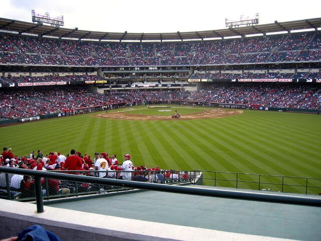 File:Angel Stadium-1195658141-253.jpg