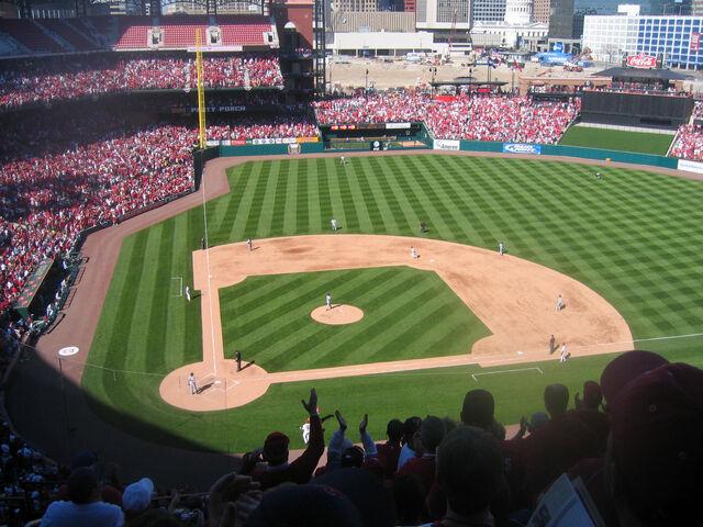 File:Busch Stadium-1195659561-89.jpg