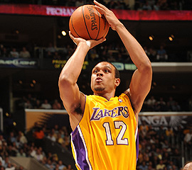 File:Player profile Shannon Brown.jpg