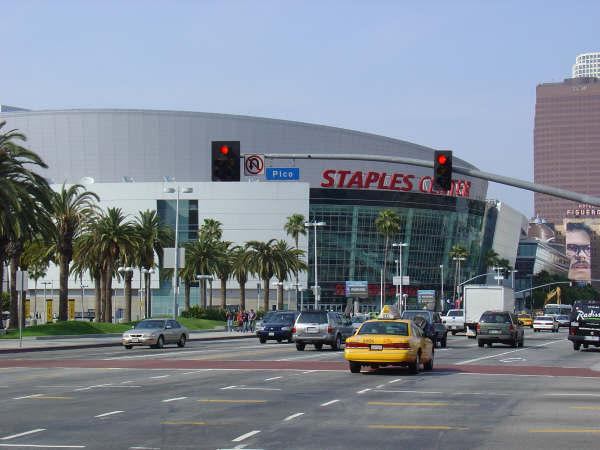 File:Staples Center-1196098387-324.jpg