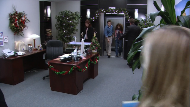 File:2x06 Afternoon Delight (26).png