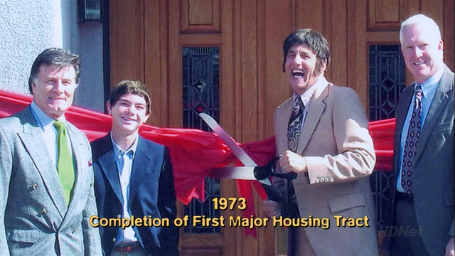 File:2x02 The One Where They Build a House (005).png