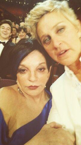 File:Oscars 2014-Liza-Ellen.jpg