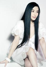 Fan-bingbing-long-hair