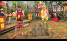 Austin and Ally Beach Clubs and BFF's 7