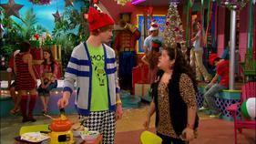 Austin & Jessie & Ally (342)