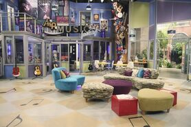 Makeover-from-austin-and-ally-3
