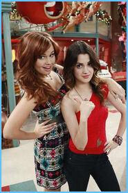 Austin & Jessie & Ally 21