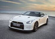 Nissan-gt-r 2011 1