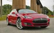 2013-Tesla-Model-S-Main