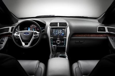 2011-Ford-Explorer-SUV-75aNll