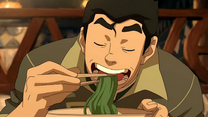 Bolin eating seaweed noodles