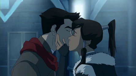 File:Mako and Korra's last kiss.png