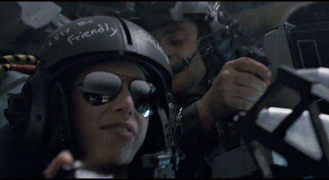 File:Spunkmeyer wearing helmet 2.jpg