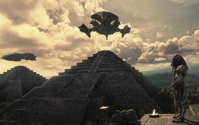 File:Pyramids.png