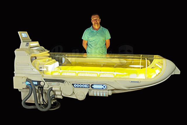 File:Hypersleep Chamber used in Prometheus.jpg