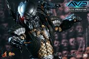 Hot-Toys-AVP-Celtic-Predator-14