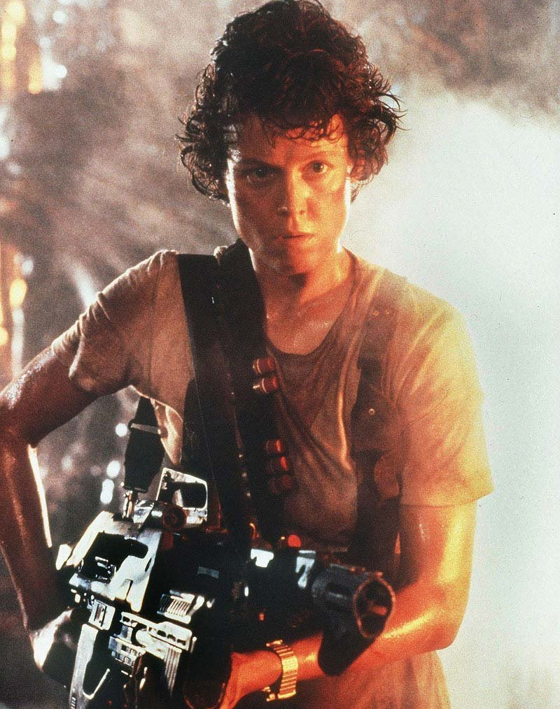 http://vignette3.wikia.nocookie.net/avp/images/2/2f/Ellen_Ripley_badass.png/revision/latest?cb=20130410133950