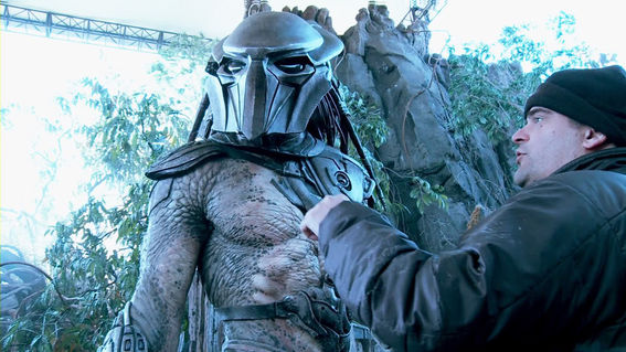 File:Predators-antal-directing-one-of-the-predators.jpg