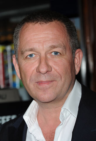 File:SEAN PERTWEE.jpg