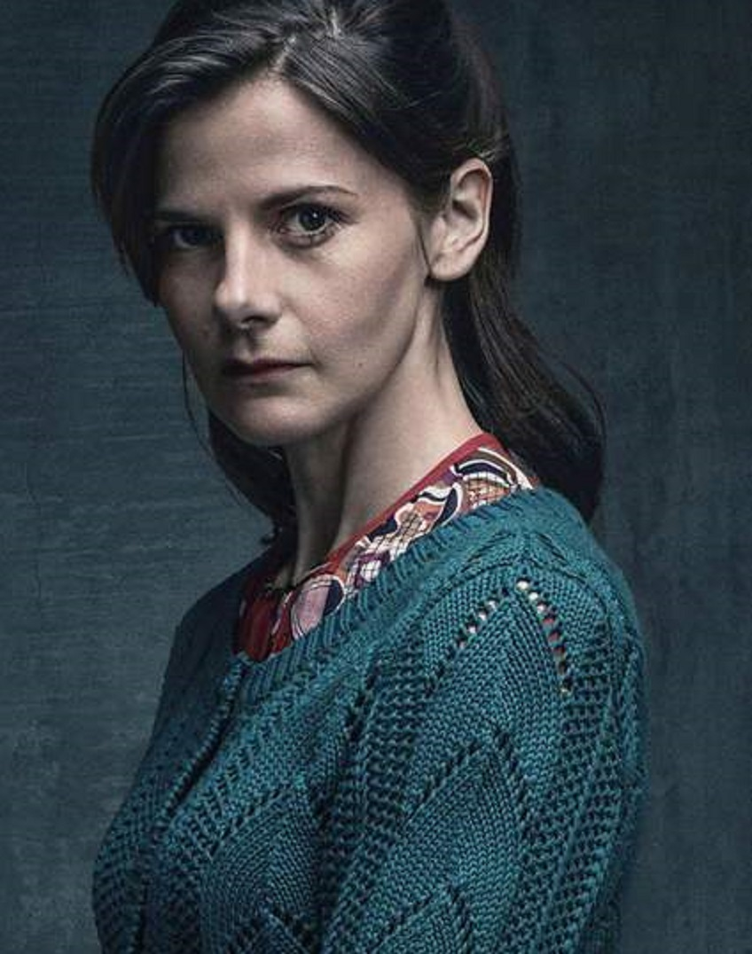 File:Molly Hooper.jpg