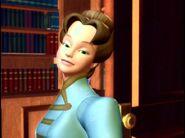 Clara-s-green-eyed-Aunt-Elisabeth-barbie-in-the-nutcracker-15146715-720-536