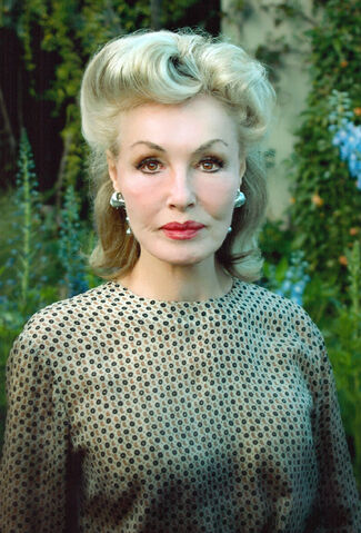File:Batman '66 - Julie Newmar.jpg