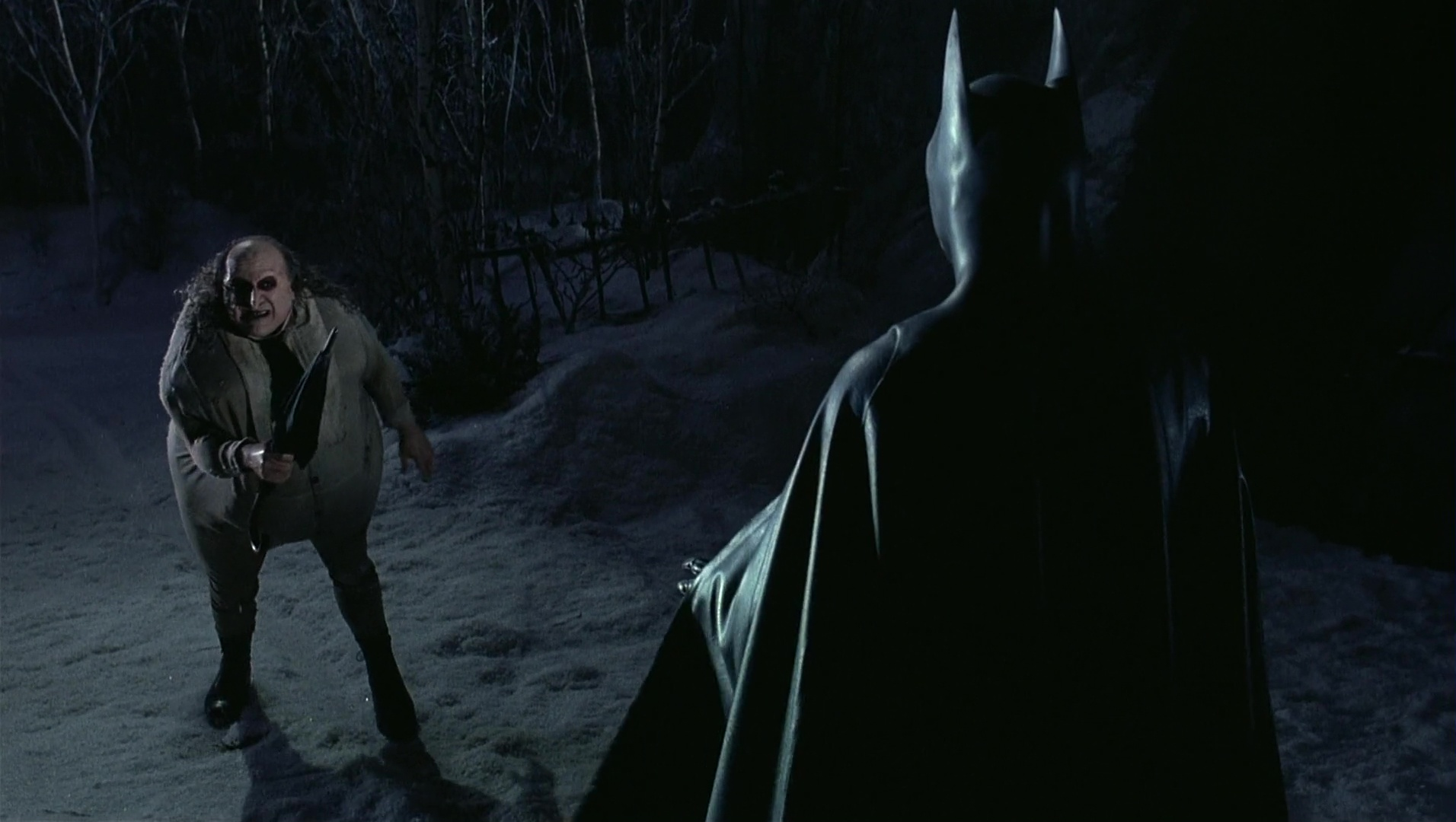 File:Batman vs Penguin 2.jpg