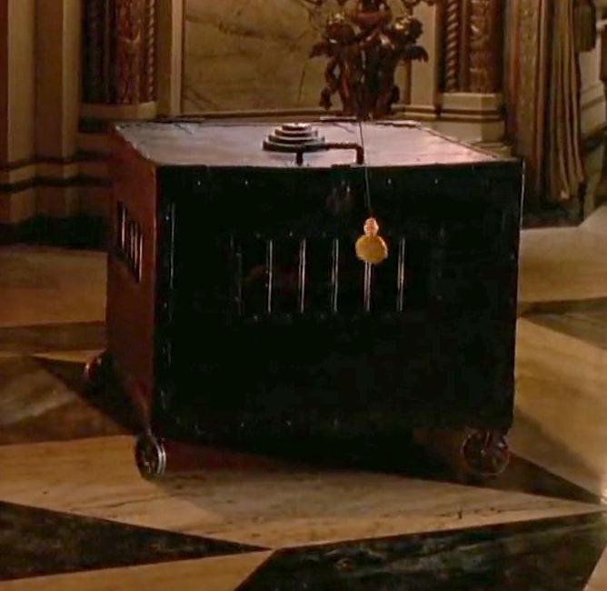 File:Penguin box.jpeg