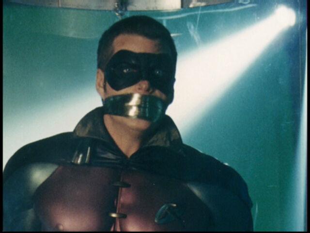 File:Batman Forever - Robin 4.jpg