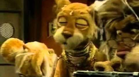 Between the Lions episode 36 Clickety clack, clickety clack