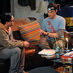Sheldon and Leonard during the blackout.