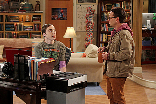File:THE-BIG-BANG-THEORY-The-Flaming-Spittoon-Acquisition-Season-5-Episode-10-2.jpg