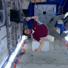 A drugged Howard is cartwheeling in the ISS.