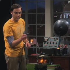 Sheldon prepares his