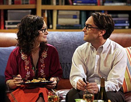 File:Leslie and leonard eating.jpg