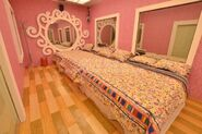 PBBAllIn Girls' Bedroom